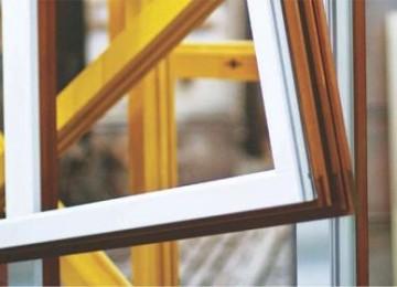 Покраска деревянных окон