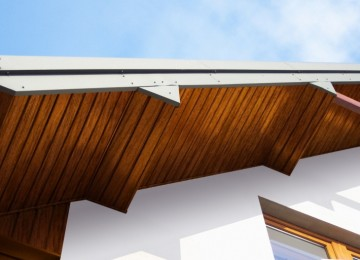 Подшивка карнизов крыши – варианты
