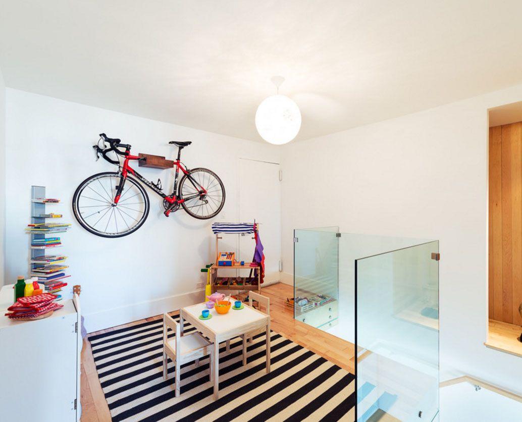 Как повесить велосипед на стену своими руками