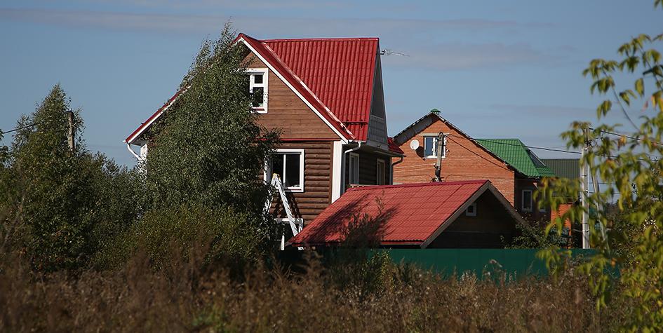 Дачная амнистия продлена до 1 марта 2026 года: закон, как оформить дом в снт и ижс.