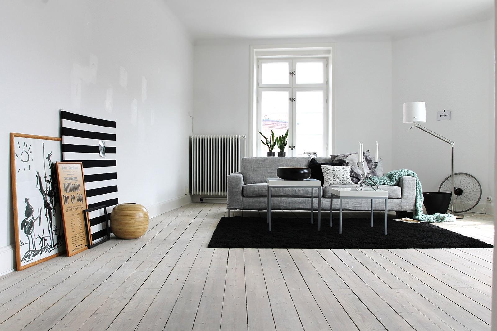 Обои белые для стен: как избежать монотонности и сохранить пространство?