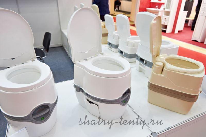 пластиковый туалет