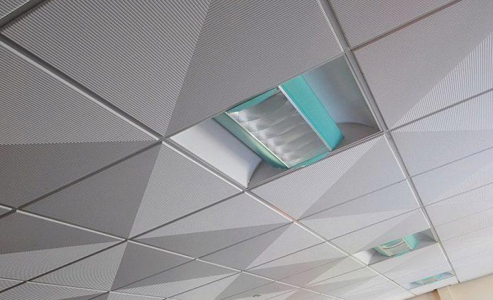 Подвесной потолок armstrong (46 фото): конструкции подобного типа и расчет материалов, монтаж своими руками - пошаговая инструкция