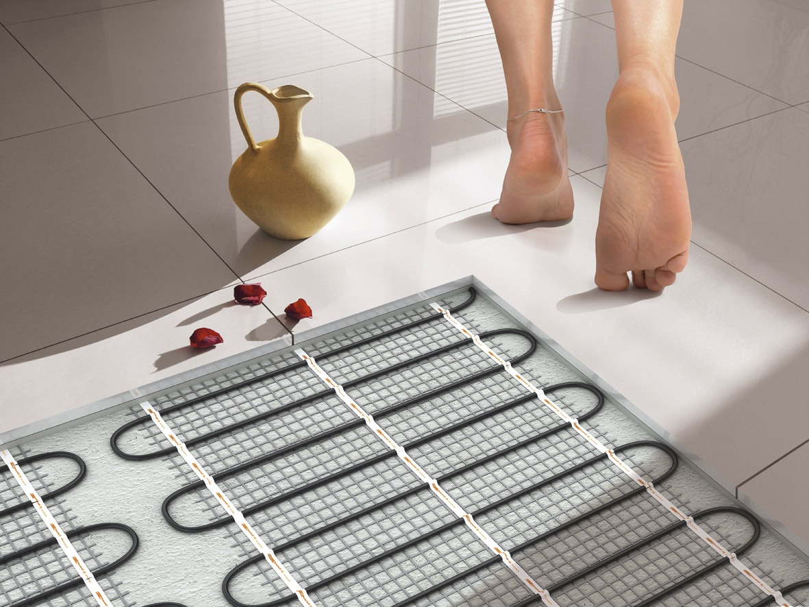Водяной или электрический теплый пол - 10 ошибок и правил монтажа. какой пол лучше и почему.