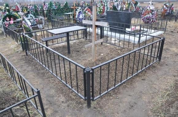 Как обустроить и облагородить могилу на кладбище самому