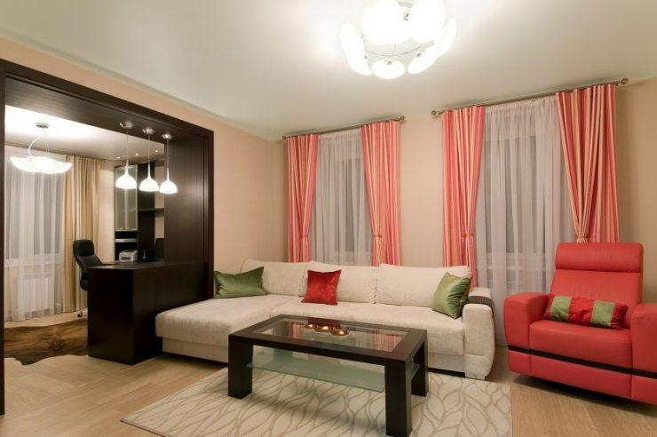 Дизайн гостиной с двумя окнами на разных стенах фото — портал о строительстве, ремонте и дизайне