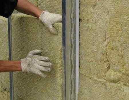 Какая минеральная вата лучше — базальтовая или стекловата