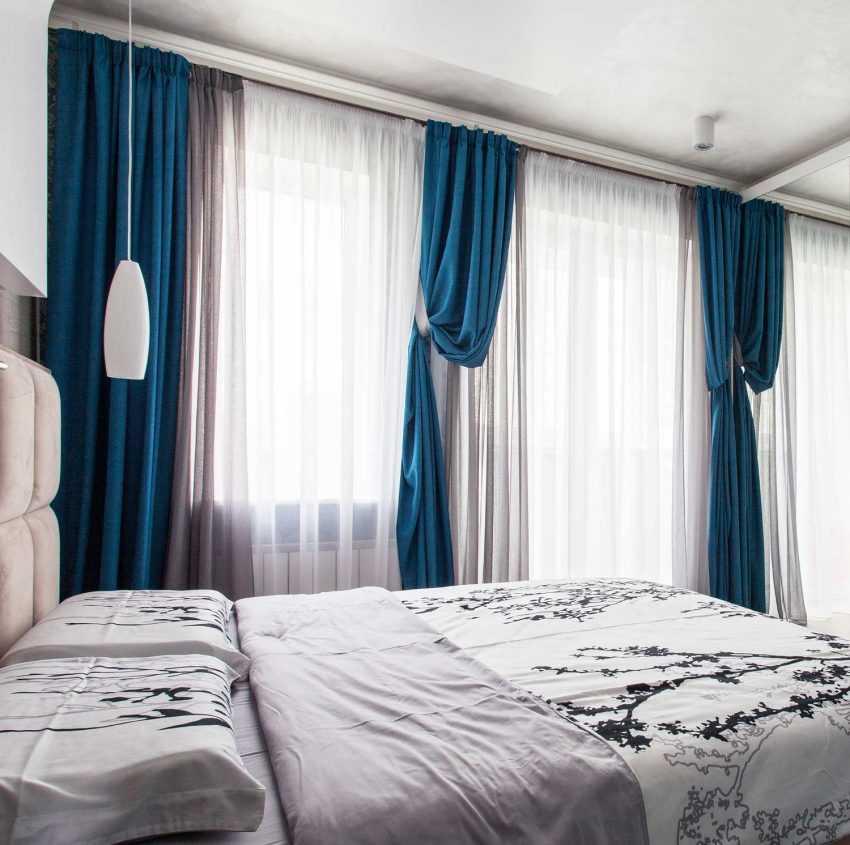 Современные серые шторы в интерьере: 75 фото примеров