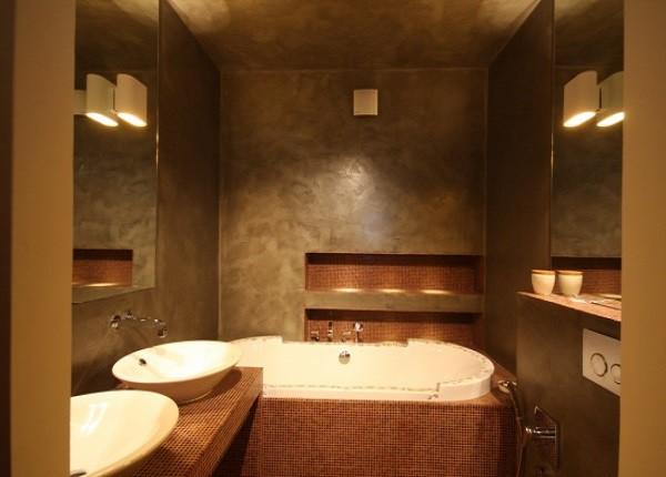 Отличная идея для ремонта — декоративная штукатурка в ванной