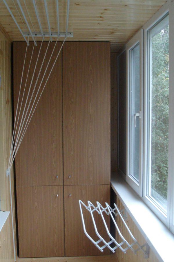 Потолочная сушилка для белья на балкон: виды, монтаж, цены