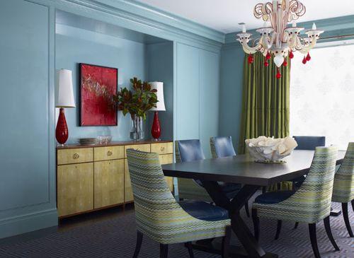 Голубые шторы: в интерьере гостиной, серо-голубые или голубые с коричневым
