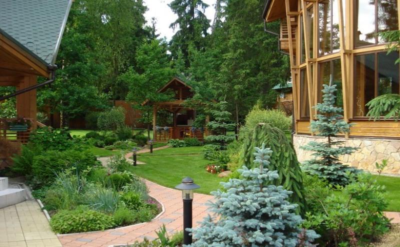 Ландшафтный дизайн коттеджей (33 фото): красивое оформление коттеджного участка, планировка площади 45 соток