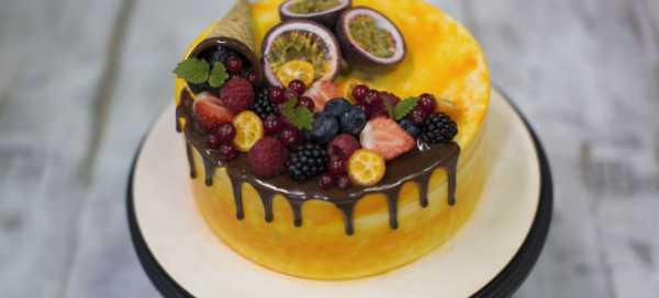 Украшение торта шоколадом: простые рецепты и рекомендации как сделать глазурь и шоколадные фигурки (145 фото и видео инструкция)