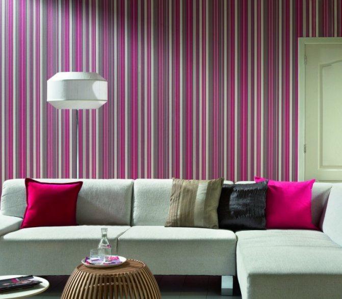 Розовые обои в спальню, фото, примеры интерьера