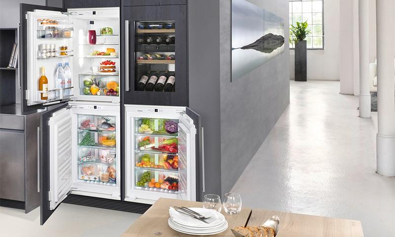 маленький холодильник с морозилкой