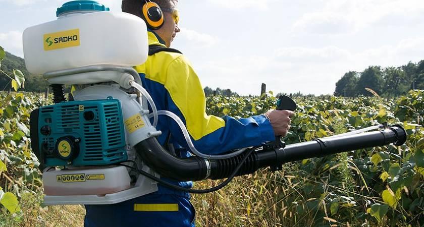 Помповый опрыскиватель: как выбрать ручной садовый аппарат с помпой для опрыскивания цветов? рейтинг моделей, отзывы владельцев