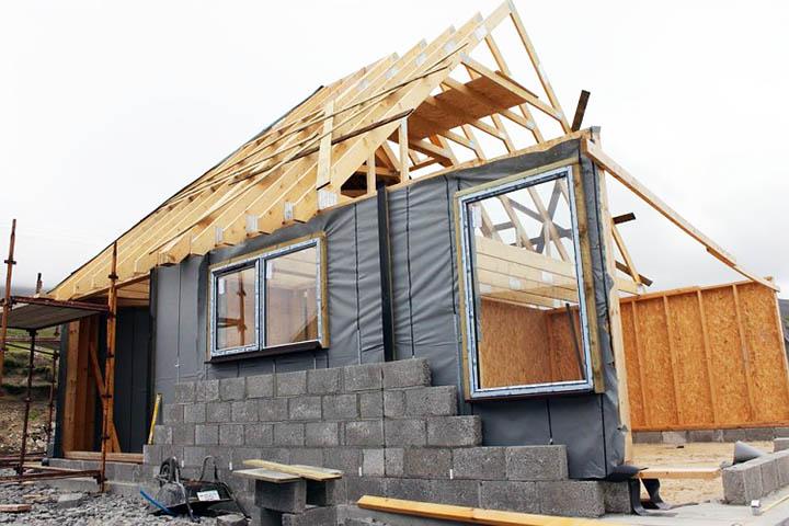 из каких материалов строят дома