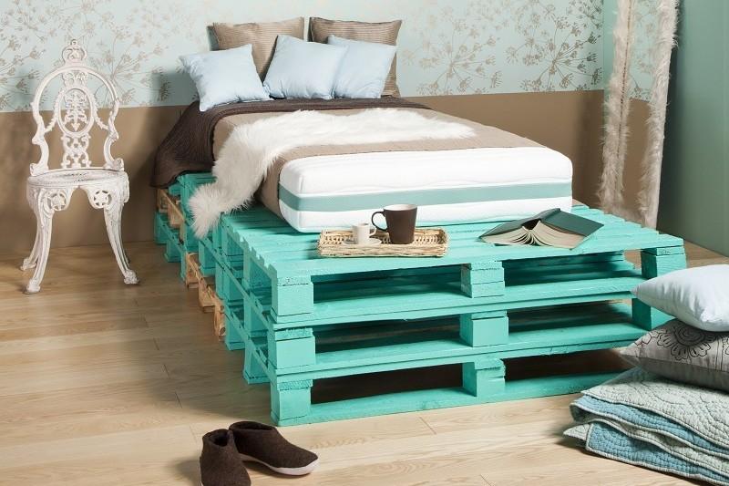 Кровать из поддонов своими руками. мебель из поддонов фото