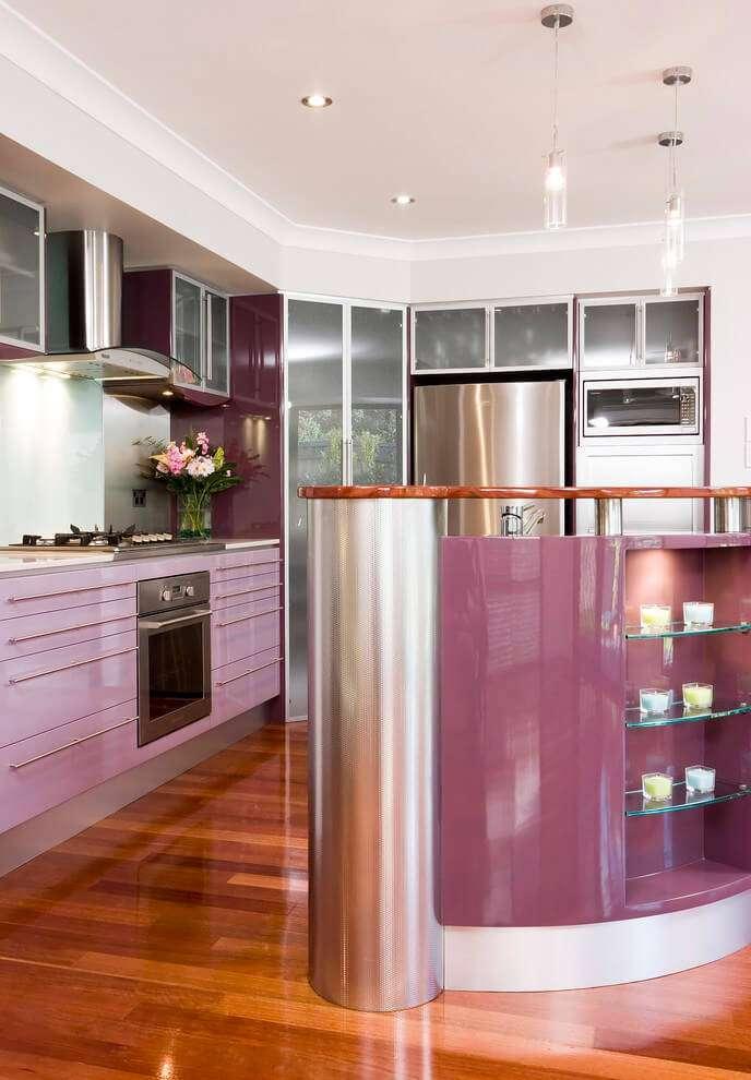Дизайн фиолетовой кухни: учимся сочетать цвета в интерьере