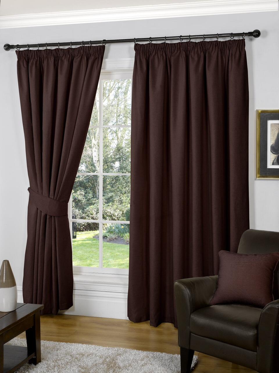 Коричневые шторы в интерьере: 97 современных фото, красивые идеи оформления окна