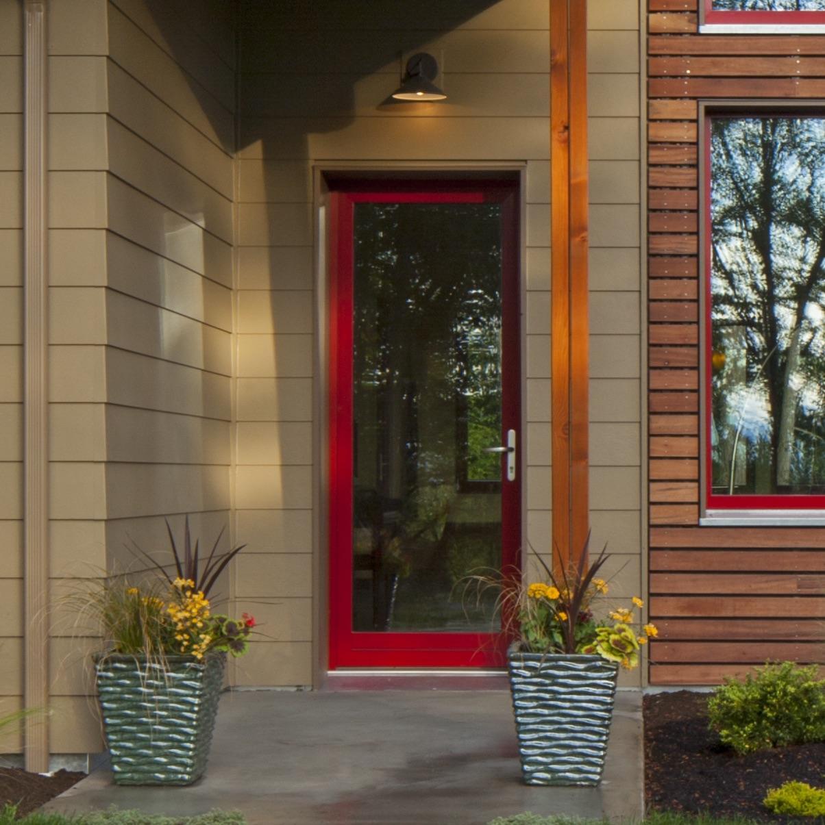 входная дверь из пвх в частный дом