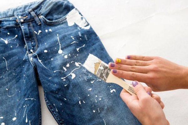 как убрать акриловую краску с одежды