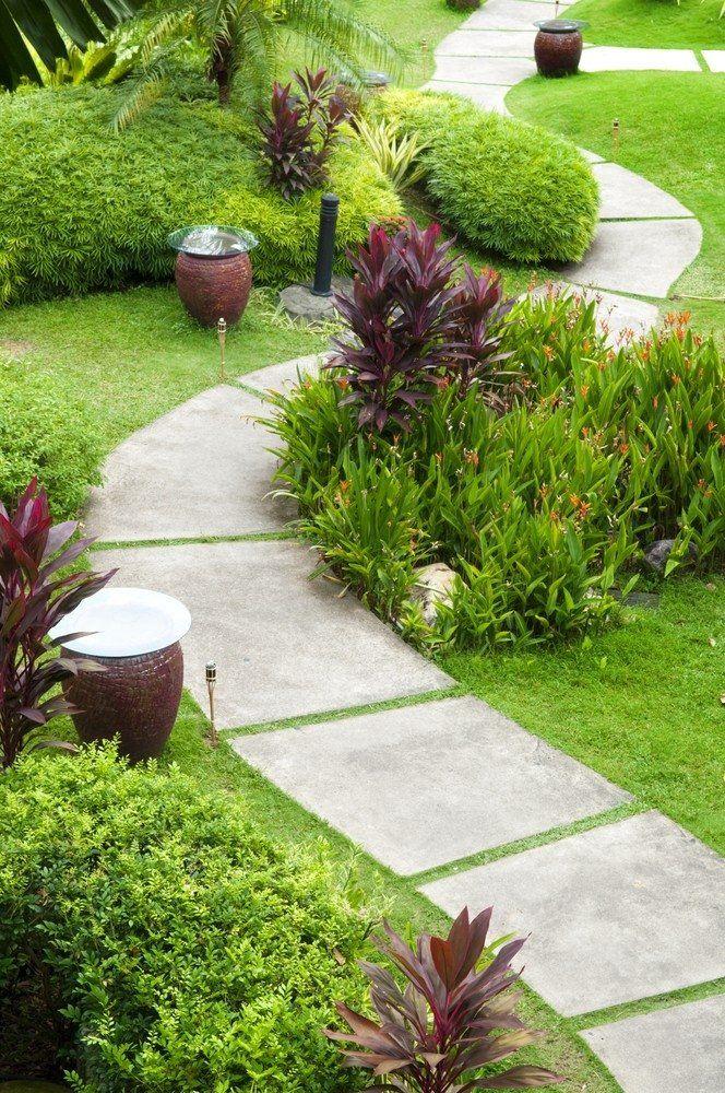 Бордюры для садовых дорожек: виды, материалы и способ укладки