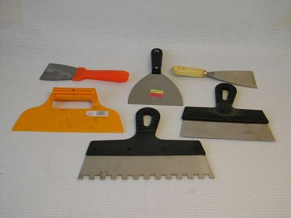 Какой нужен шпатель для укладки плитки — выбор правильного инструмента | все о керамограните: информация, вопросы и ответы
