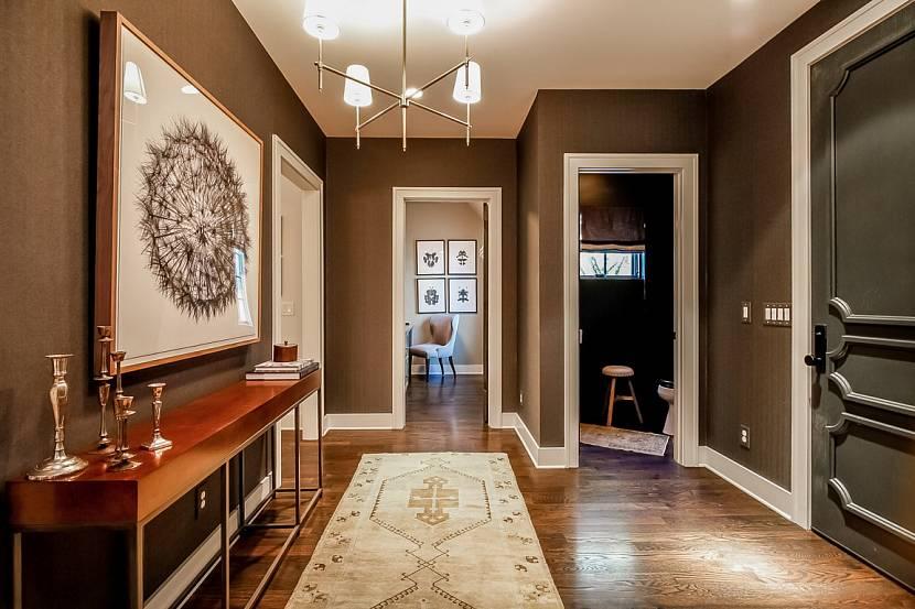 9 идей дизайна холла с лестницей в частном доме: фото