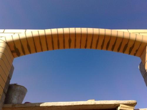 Отделка арки в квартире своими руками – варианты декора искусственным камнем