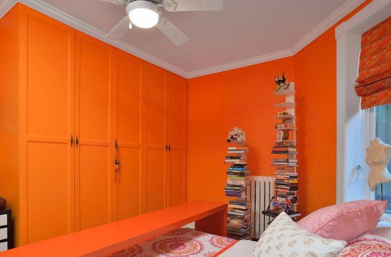 какой цвет сочетается с оранжевым в интерьере