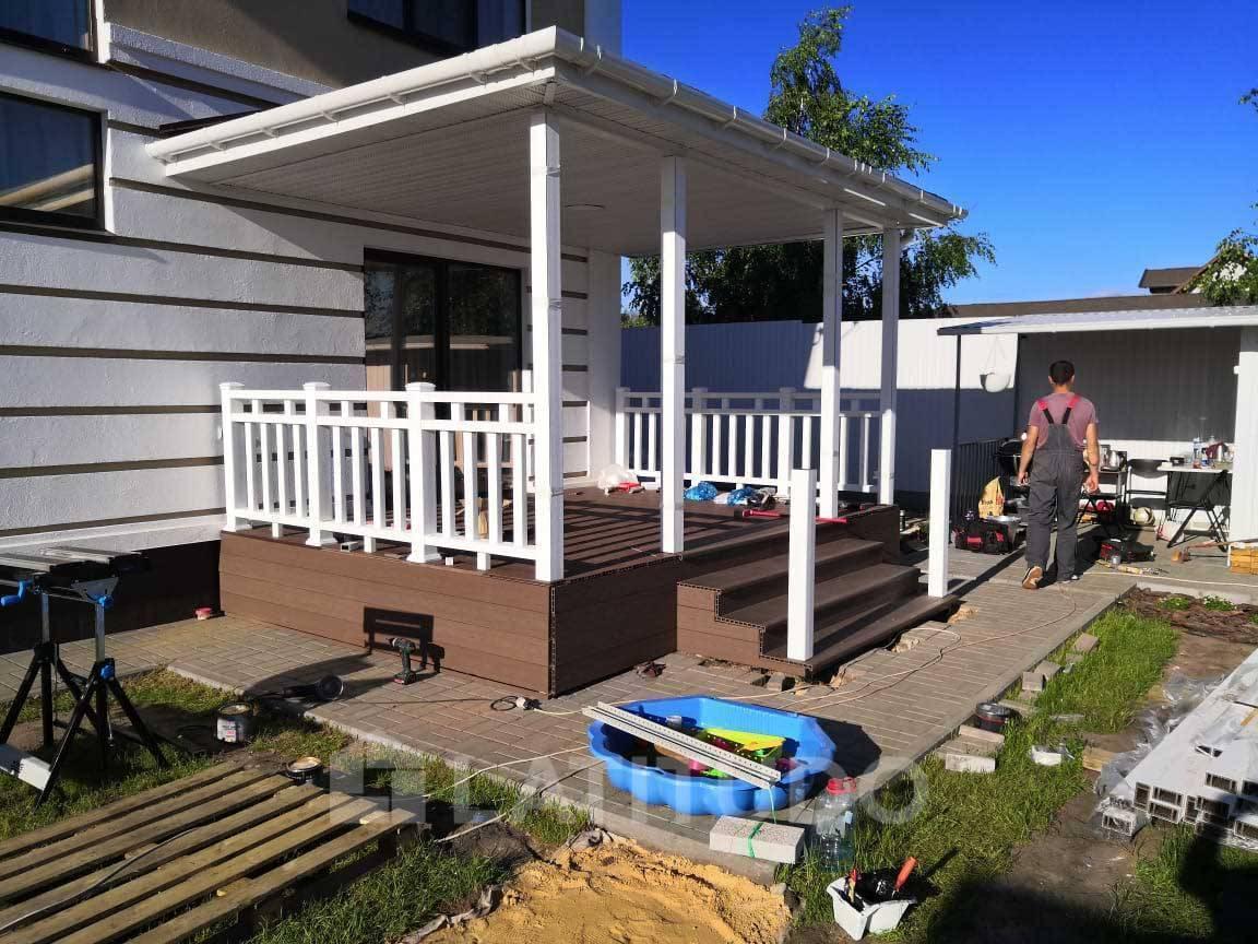 построить веранду на даче недорого