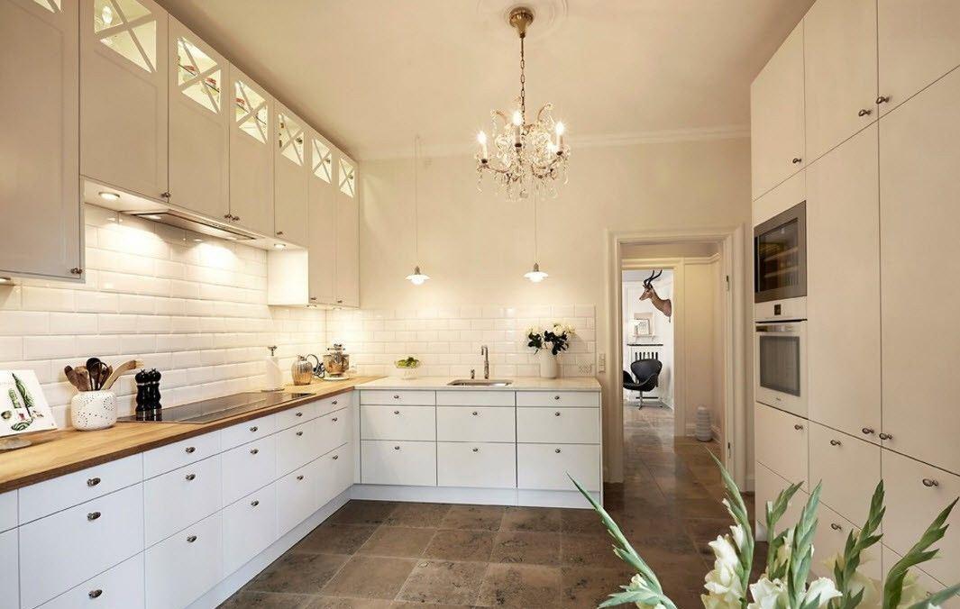 Плитка на фартук кухни (95 фото): керамический кафель и его укладка для кухонного дизайна