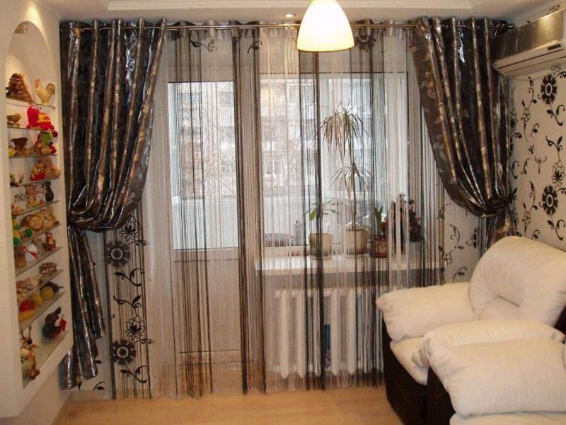 нитяные шторы в гостиной фото
