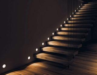 Подсветка ступеней лестницы - пошаговая инструкция с фото примерами