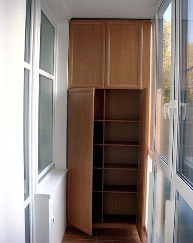 встраиваемые шкафы на балкон