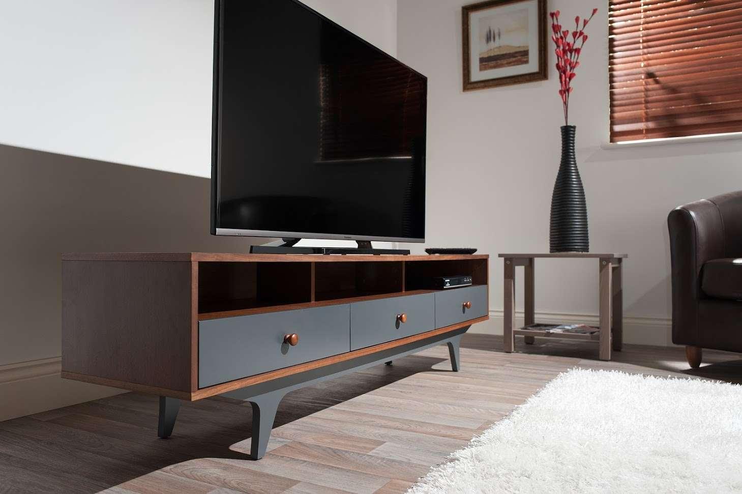 Тумба под телевизор в современном стиле: фото лучших моделей