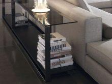 Приставной столик – идеальный предмет мебели для сторонников «диванного» образа жизни