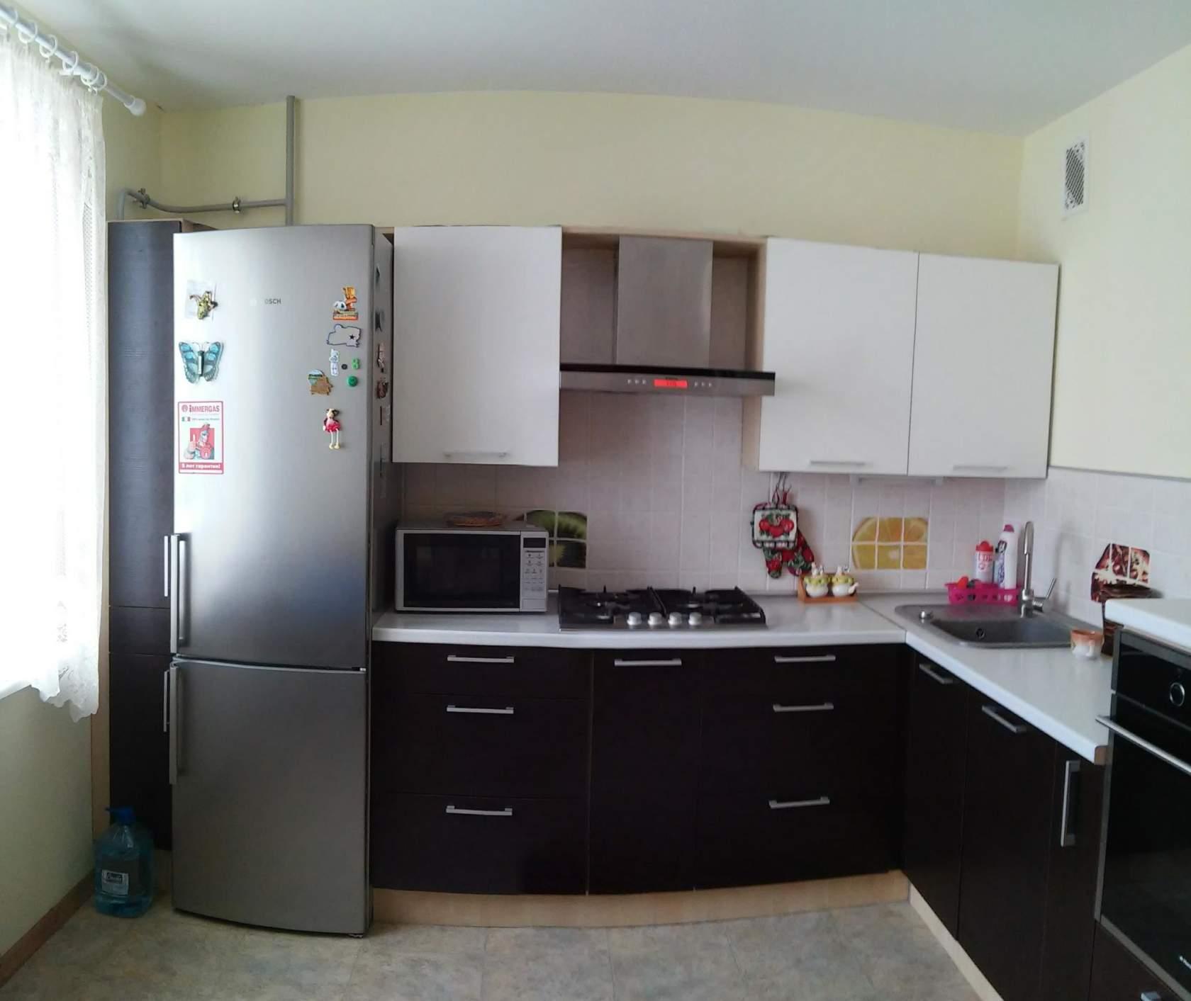 Угловой кухонный гарнитур: правила выбора и планировки | фото