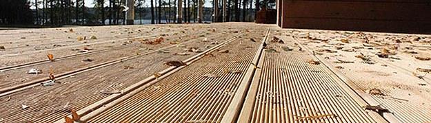 Пол на террасе: дерево, пластик, керамическая, тротуарная, другая плитка. плюсы, минусы - школа ремонта