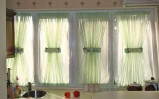 Как повесить шторы без карниза на балконе своими руками на крючках и без гардины