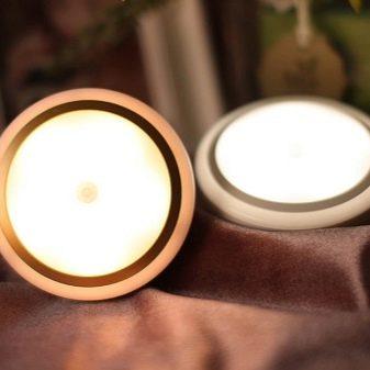 Беспроводное освещение в квартире (39 фото): что это такое, как работает и какие плюсы и минусы применения