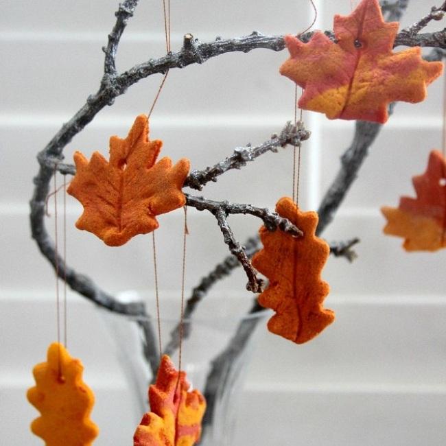 поделка из листьев в школу