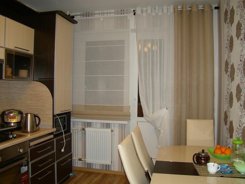 Шторы на кухню с балконной дверью - дизайн 2020: фото, новинки шторы на кухню с балконной дверью - дизайн 2020: фото, новинки