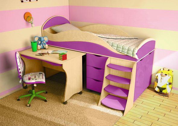 Двухъярусные кровати со столом