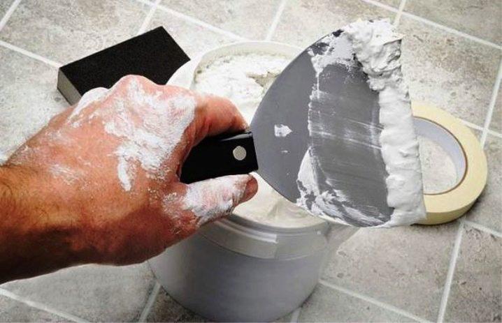 Как сделать декоративную штукатурку  из обычной шпаклевки своими руками: видео, фото