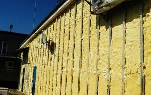 Утепление деревянного дома снаружи: как и чем правильно утеплять?