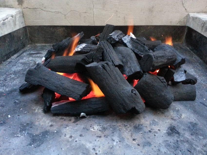 для чего используется уголь