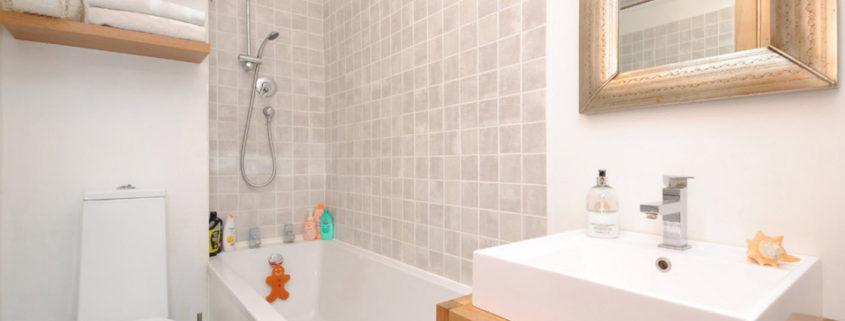 Стиральная машина в ванной: идеи для разных конструкций.