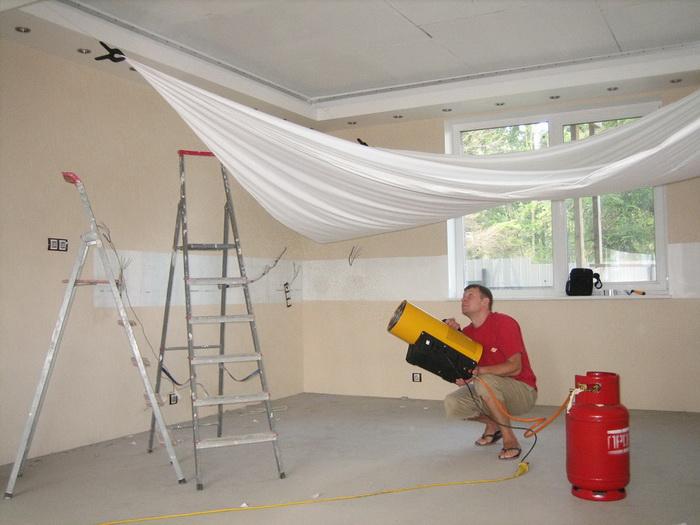 Как снять натяжной потолок: демонтаж своими руками на видео и цена м2
